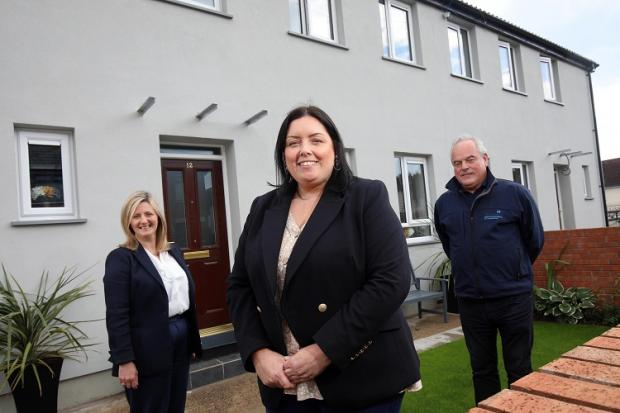 Minister Hargey visits homes receiving energy efficiency improvements