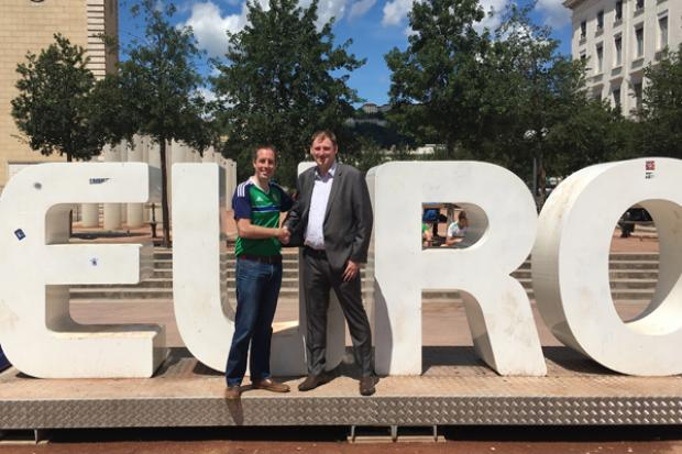Minister Givan meets with Gary McAllister in France