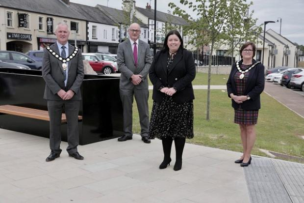 Hargey visits Coalisland to view Public Realm works