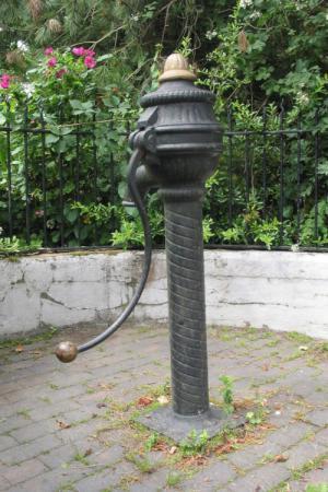 Cowtail pump, Edenderry